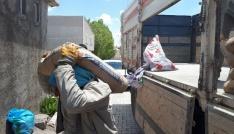 Yapımı devam eden cami, Kuran kursu ve taziye evlerine malzeme yardımı