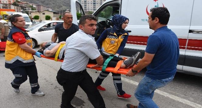 Gümüşhanede trafik kazası: 2 yaralı