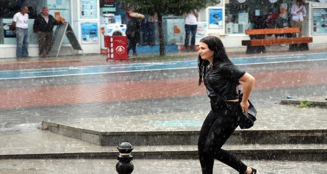 Boluda aniden bastıran yağmur etkili oldu