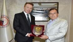 Avustralyanın Türkiye Büyükelçisi Brown Trabzonda