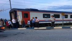 Manisada genç kıza tren çarptı