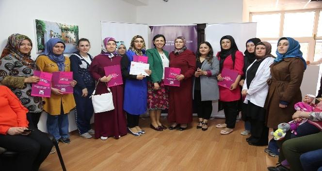 Mardinde bin 180 kadın meslek sahibi oldu