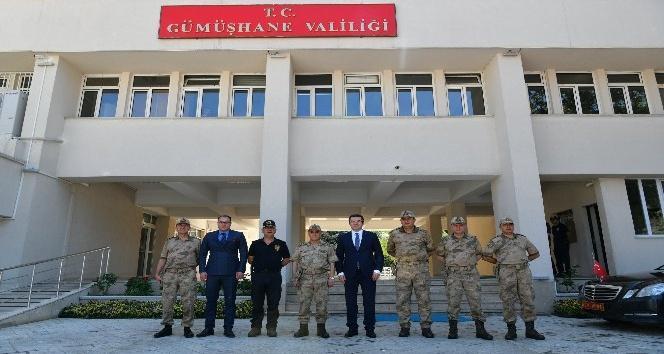 Jandarma Genel Komutanı Orgeneral Çetin Gümüşhanede