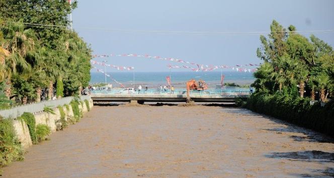 Mersinde 2 günde ikinci sel