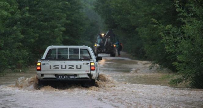 Çanda yaşanan sel felaketinden sonra çalışmalar başladı