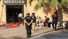 Silahlı saldırıda hayatını kaybeden şarkıcı Hacer Tülünün İzmirde toprağa verileceği belirtildi