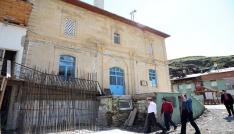 Vali Pehlivan Çamlıkoz Köyünü ziyaret etti