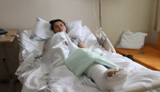 """Eşini döner bıçağıyla yaralayan sanık kendisi savundu: """"Çocuklarıma bakmıyordu"""""""