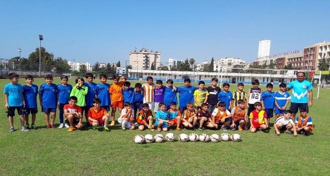 Akdenizde yaz spor okulları kayıtları başladı