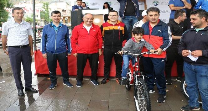 Yahyalıda Yaz Spor Okulları törenle açıldı