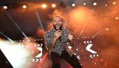 Ünlü şarkıcı Berkay Manisalıları coşturdu
