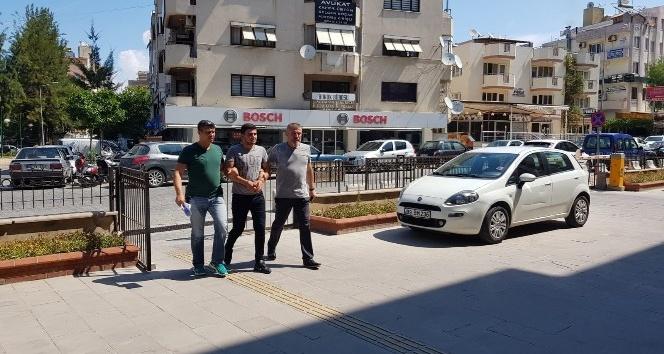 Kuşadasında restorana silahlı saldırı: 1 tutuklama