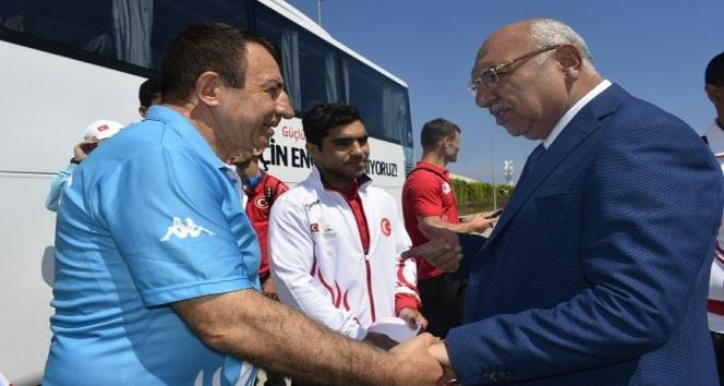 Milli boksörler İspanya yolcusu