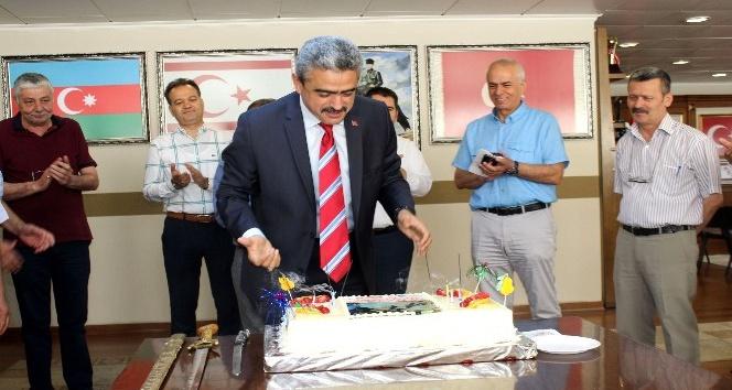 Başkan Alıcıka sürpriz doğum günü