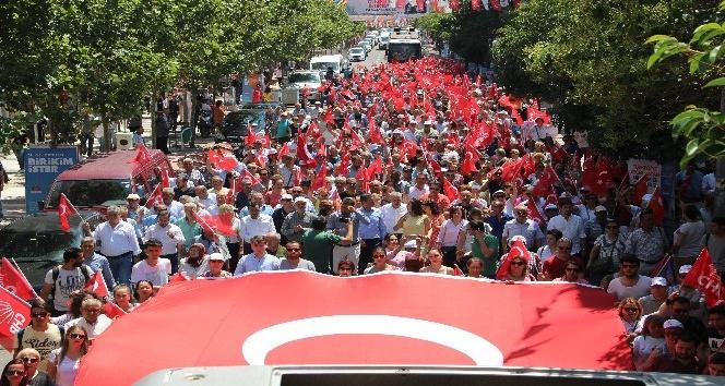 CHP Manisadan Büyük iktidar yürüyüşü