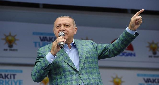 Cumhurbaşkanı Erdoğan: Teröristlerin sandıklara tehdidinde tepelerine tepelerine bineceğiz
