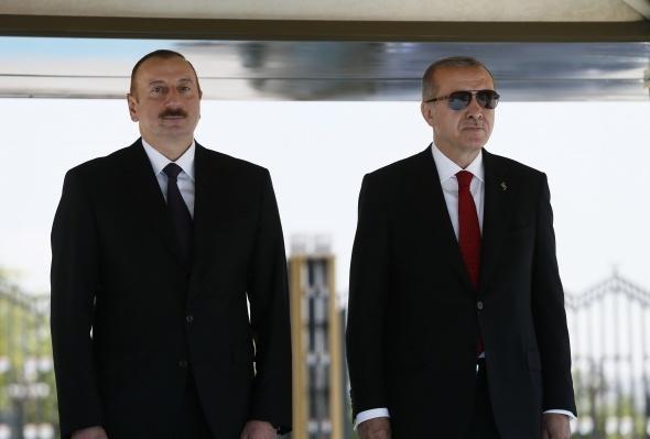 Cumhurbaşkanı Erdoğan'a dünyadan ilk tebrik!
