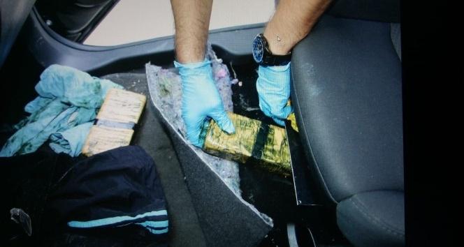 Trabzon'da Irak plakalı lüks araçta 40 kilogram eroin ele geçirildi