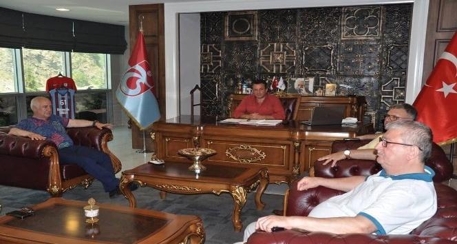 Trabzonspor Yönetim Kurulu'ndan Hekimoğlu Trabzon'a ziyaret