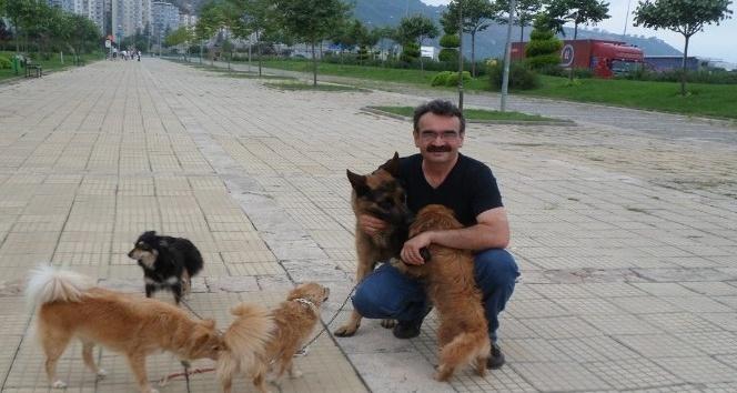 Trabzon'un fahri müfettişi: 'Teoman ağabey'