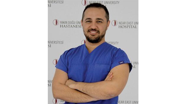 """Prof. Dr. Hamza Duygu: """"Sağlıklı kişiler dahi sıvı alımına özen göstermeli"""""""
