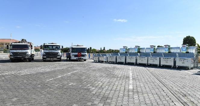 Yeşilyurt Belediyesi 577 galvanizli çöp konteynırı aldı