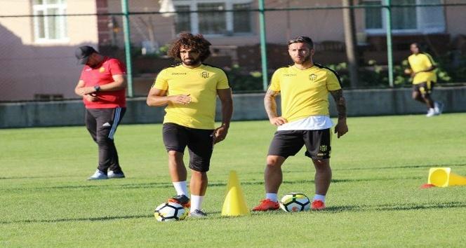 Evkur Yeni Malatyaspor'da Adem Büyük'ten güzel haber