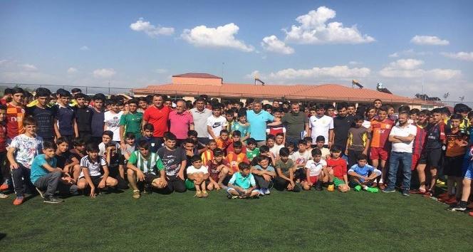 Evkur Yeni Malatyaspor'un Bingöl'deki seçmelerine büyük ilgi