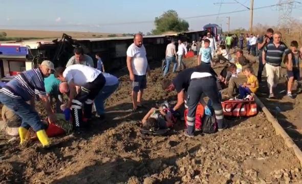 Tekirdağ'da tren devrildi! Çok sayıda ölü ve yaralı var| Tekirdağ'da tren kazası