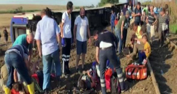 Tekirdağ'da bir trenin vagonu devrildi! Ölüler ve yaralılar var| Tekirdağ'da tren kazası
