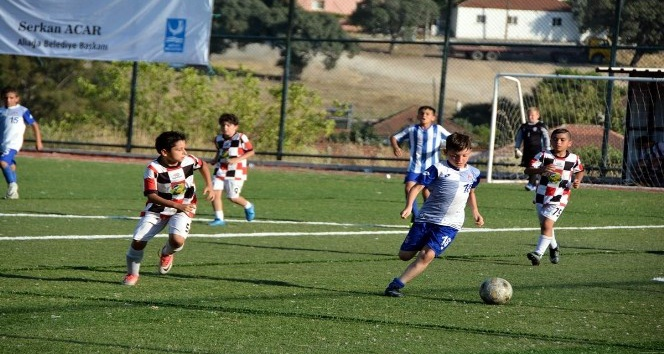 Aliağa'da Sezer Erşan futbol turnuvası