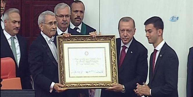 Cumhurbaşkanı Erdoğan yemin etti! Türkiye yeni sisteme geçti