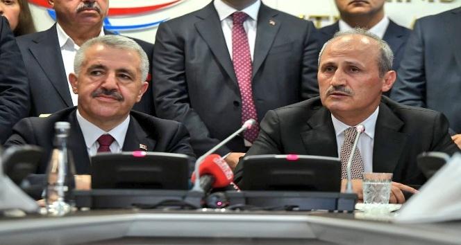 Ulaştırma, Denizcilik ve Haberleşme Bakanı Ahmet Arslan görevini devretti