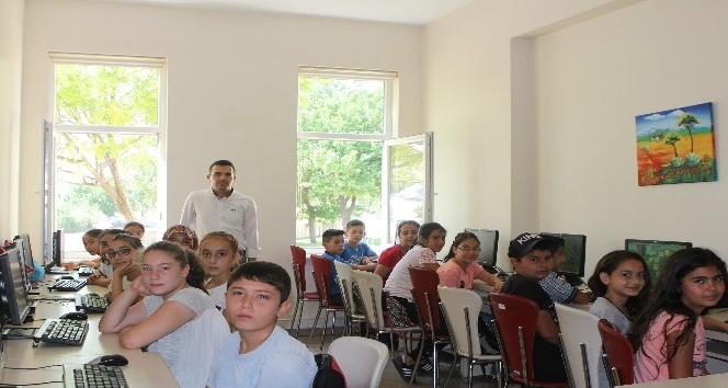 KAYMEK kurslarına her yaştan ilgi yoğun
