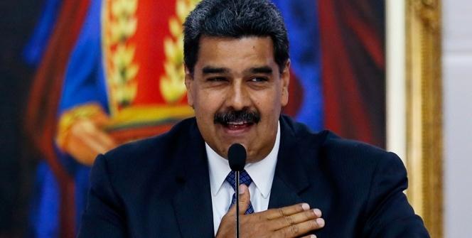 Maduro'dan 'Selvi Boylum Al Yazmalım'lı paylaşım