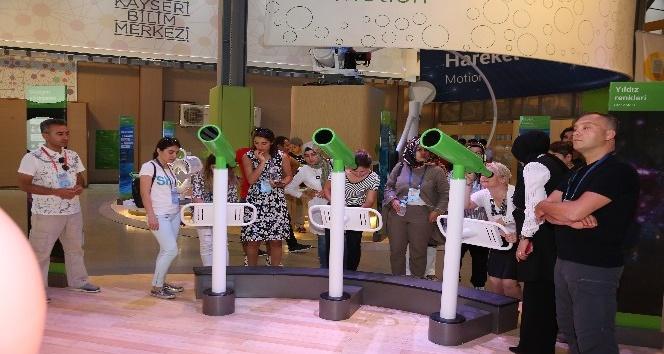 İngilizce öğretmenleri Bilim Merkezi'ne hayran kaldı
