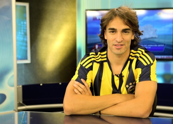 Fenerbahçe'den sürpriz hamle! Eski yıldız geri dönüyor...