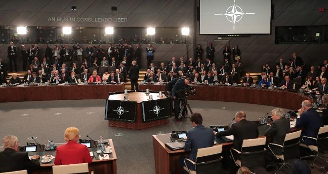 NATO Zirvesi'nde kriz!