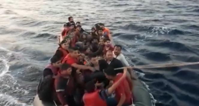 Bota binip yolculuk yapan 57 kişi yakalandı