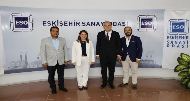 Emine Nur Günay'dan ESO'ya ziyaret