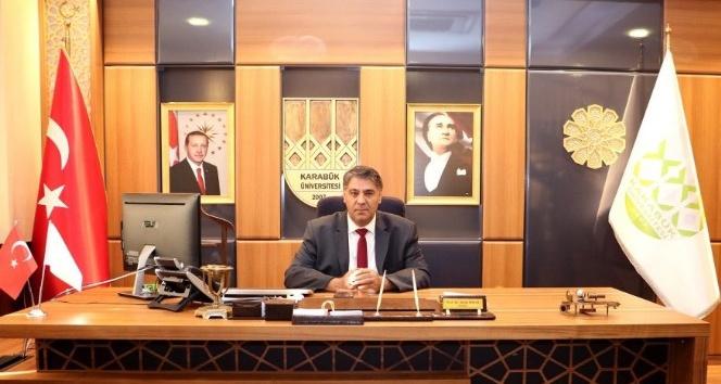 Rektör Polat'tan 15 Temmuz Demokrasi ve Milli Birlik Günü mesajı