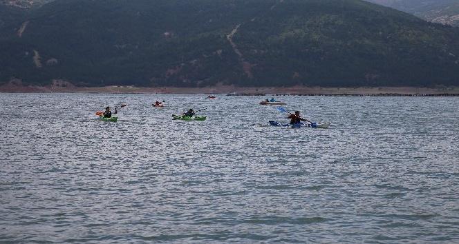 Denizi olmayan Tokat'ta deniz kanosu yarışması