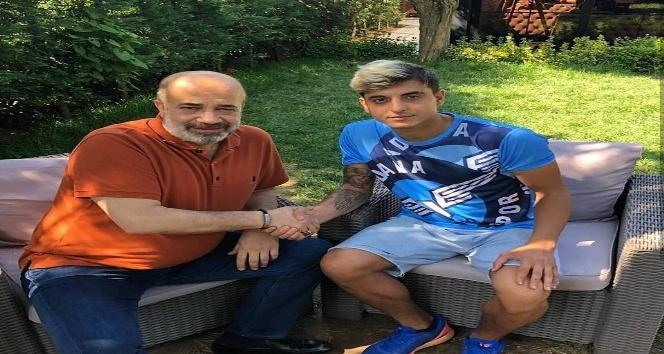 Evkur Yeni Malatyaspor, Berk Yıldız'ı Adana Demirspor'a kiraladı