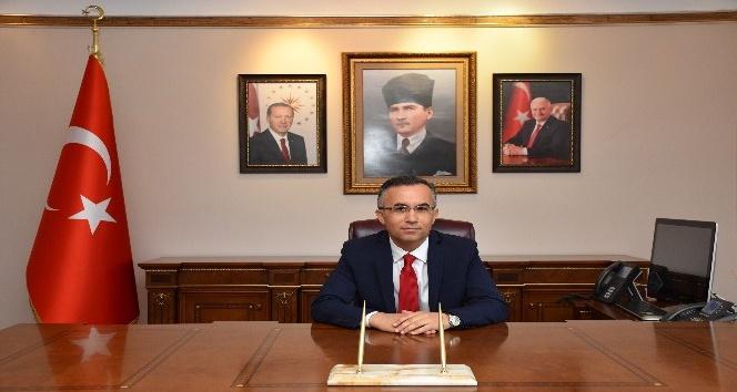 """Vali Çeber, """"Demokratik tepkimizi en üst perdeden gösterdik"""""""