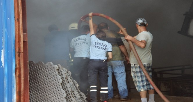 Evsel atıklar milyonluk tesisi yaktı