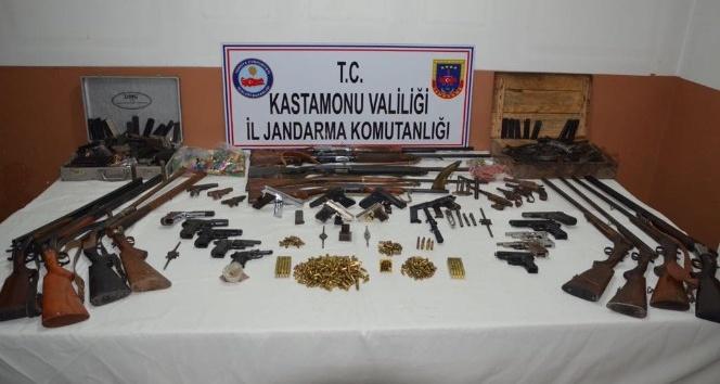 Kastamonu merkezli 6 ilde silah kaçakçılığı operasyonu