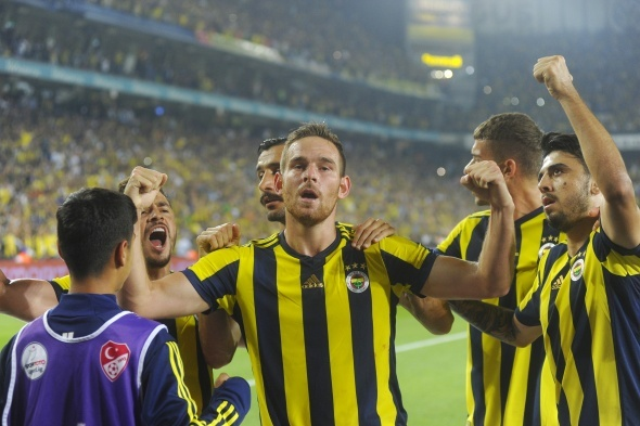 Anlaşma sağlandı! Fenerbahçe'ye dönüyor