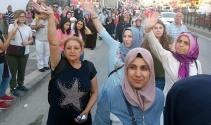 Kısıklı'dan harekete geçen vatandaşlar köprüye akın ediyor