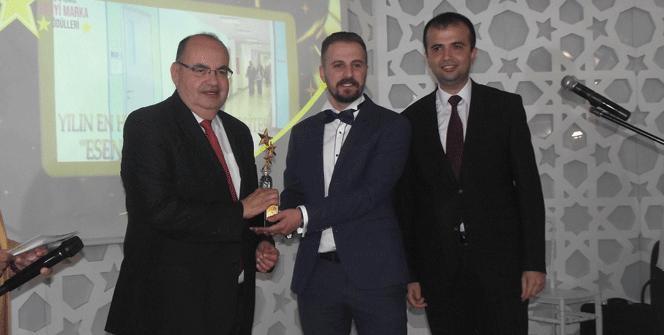 Yılın en hızlı büyüyen üniversitesi İstanbul Esenyurt Üniversitesi!