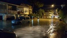 Kadirlide şiddetli yağmur su baskınlarına neden oldu